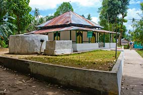 Pulau Pisang Mosque